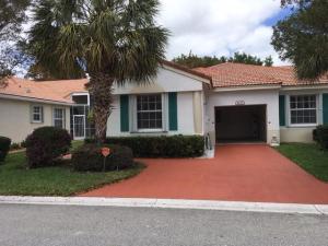 6237 Petunia Road, Delray Beach, FL 33484