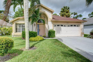 15193 Oak Chase Court, Wellington, FL 33414
