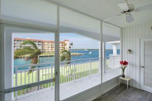 111 Shore Court, 209, North Palm Beach, FL 33408