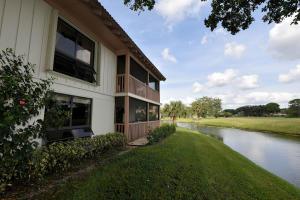 447 Brackenwood Lane N, Palm Beach Gardens, FL 33418