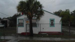 12312 Lantana Avenue, Hobe Sound, FL 33455