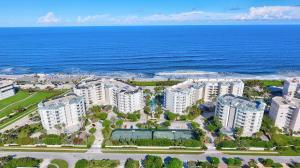 221 Ocean Grande Boulevard, 705