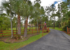 2979 Palm Deer Drive, Loxahatchee, FL 33470