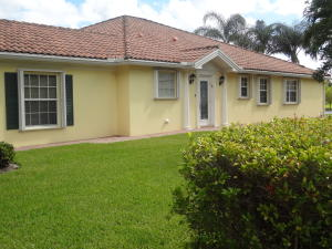 5083 Magnolia Bay Circle, Palm Beach Gardens, FL 33418
