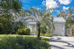 218 Andrews Avenue, Delray Beach, FL 33483