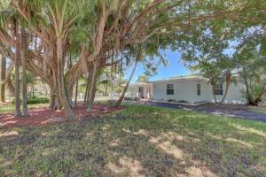 1301 Lake Drive, Delray Beach, FL 33444