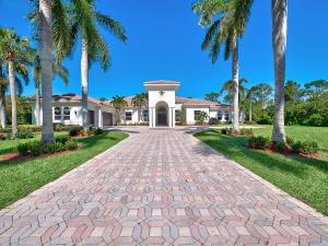 8245 Country Estates Way, Jupiter, FL 33458