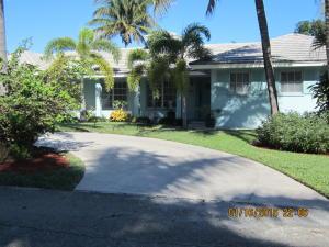 951 Allamanda Drive, Delray Beach, FL 33483