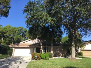 5761 Turnwood Court, Jupiter, FL 33458