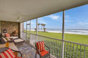 250 Beach Road, Tequesta, FL 33469
