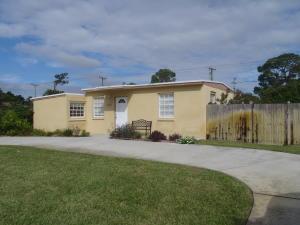 5043 Ferndale Drive, Delray Beach, FL 33484