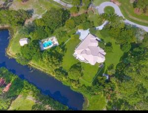 3201 SW Holly Lane, Palm City, FL 34990