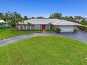 1104 Country Club Circle, North Palm Beach, FL 33408