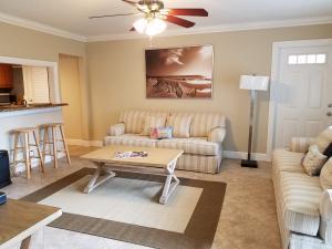 45 SE 7th Avenue, 5, Delray Beach, FL 33483