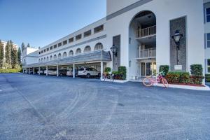 800 E Camino Real #4040 Boca Raton, FL 33432