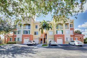 11032 Legacy Drive, 106, Palm Beach Gardens, FL 33410