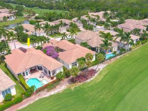 528 Les Jardin Drive, Palm Beach Gardens, FL 33410