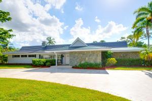 253 N Country Club Drive, Atlantis, FL 33462