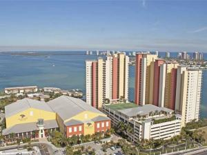 2650 Lake Shore Drive, 1706, Riviera Beach, FL 33404