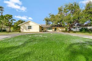326 Fairway, Tequesta, FL 33469