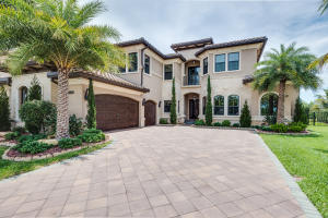 8325 Hawks Gully Avenue, Delray Beach, FL 33446