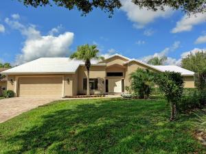 6 St Giles Road, Palm Beach Gardens, FL 33418