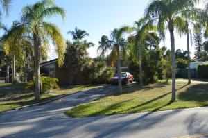 331 Country Club Drive, Tequesta, FL 33469
