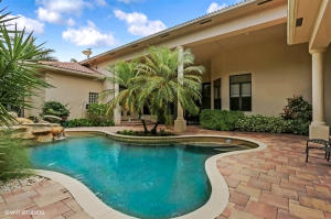 102 Grand Palm Way, Palm Beach Gardens, FL 33418