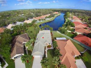 230 Hampton Court, Jupiter, FL 33458