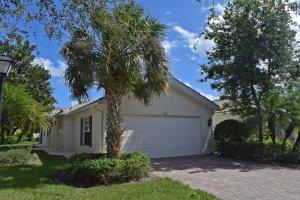 621 Hudson Bay Drive, Palm Beach Gardens, FL 33410