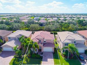 8501 Breezy Hill Drive, Boynton Beach, FL 33473