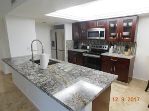 825 Egret Circle, 104, Delray Beach, FL 33444