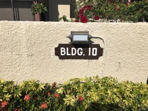 1800 SE Saint Lucie Boulevard, 10-308