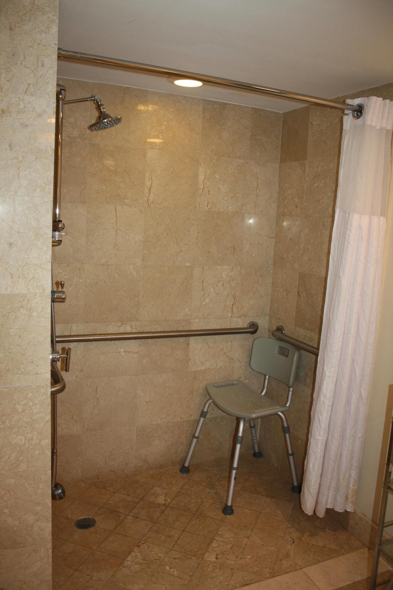 2670 Sunrise Boulevard, Fort Lauderdale, Florida 33304, 1 Bedroom Bedrooms, ,1 BathroomBathrooms,Condo/Coop,For Sale,Sunrise,5,RX-10385804