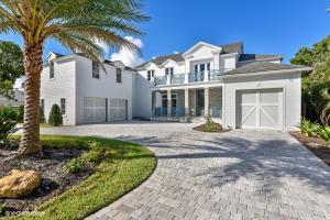 906 Hibiscus Lane, Delray Beach, FL 33444