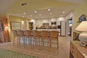4587 Sanderling Circle W, Boynton Beach, FL 33436