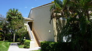 284 Village Boulevard, Tequesta, FL 33469
