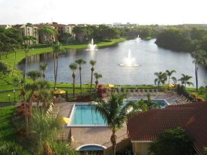 beautiful resort like grounds