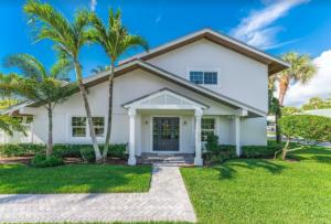 223 Pirates Place, Jupiter Inlet Colony, FL 33469