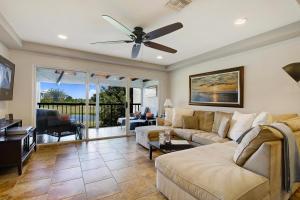 4248 Deste Court, 302, Lake Worth, FL 33467