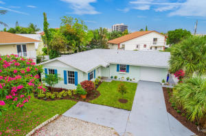 481 Neptune Road, Juno Beach, FL 33408