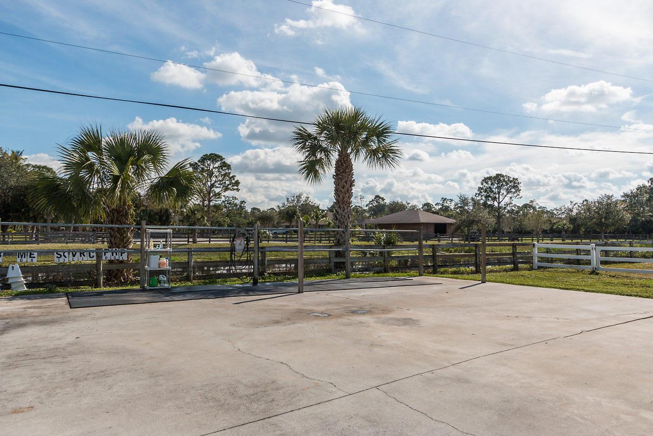 2258 Palm Deer Drive