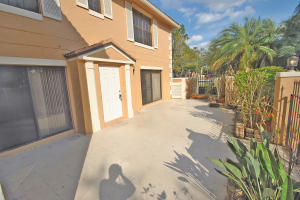 355 Prestwick Circle, 3, Palm Beach Gardens, FL 33418