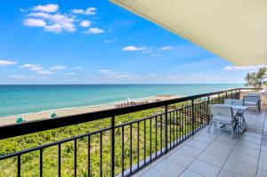 4050 N Ocean Drive, Singer Island, FL 33404