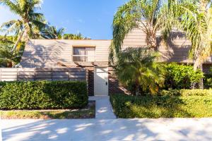 114 1st Terrace, Palm Beach Gardens, FL 33418