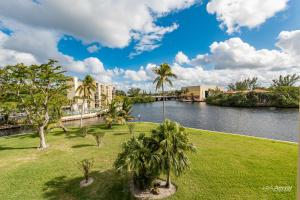 7 Royal Palm Way, 3070, Boca Raton, FL 33432