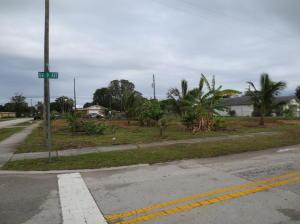 51 NW 9th Avenue, Delray Beach, FL 33483