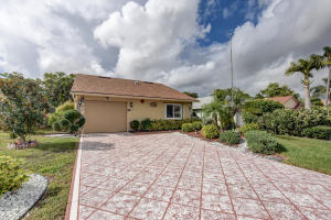 1420 NW 27th Avenue, Delray Beach, FL 33445