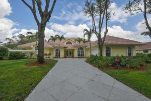 18505 Heritage Oaks Lane, Tequesta, FL 33469