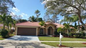 155 Kapok Cres, Royal Palm Beach, FL 33411